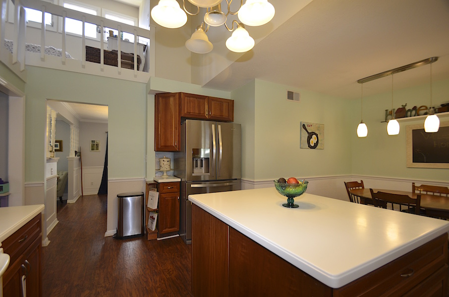 12 3124 Nicholson Dr Winter Park FL Kitchen Loft Dining
